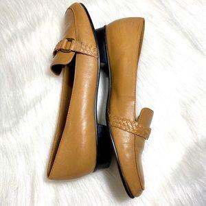 Vintage Etienne Aigner Flats Loafers Tan Camel